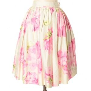 Dresses & Skirts - BNWT Liz Claiborne floral skirt 6 petite- pockets